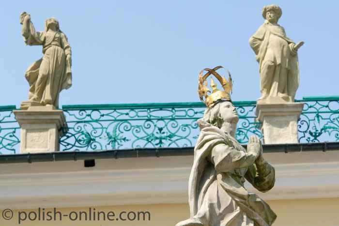 Statue der Jungfrau Maria in Heiligelinde