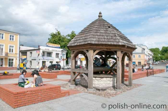 Markt mit Brunnen Chełm