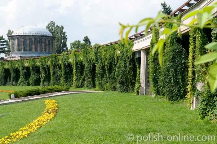 Pergola mit Vier-Kuppel-Pavillon Jahrhunderthalle Breslau