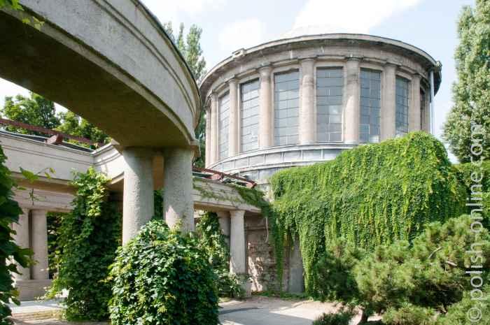 Osten des Vier-Kuppel-Pavillons Jahrhunderthalle Breslau