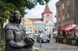 Kopernikus-Denkmal vor der Burg in Allenstein (Olsztyn)