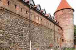 Außenmauer der Burg
