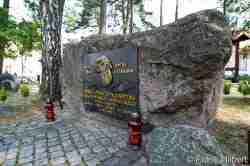 Denkmal für Opfer von Diktaturen in Groß Born
