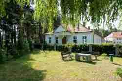 Nebengebäude des ehemaligen Militärkrankenhause in Groß Borns