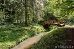 Holzbrücke im Kurpark von Bad Polzin