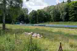 Zerfallenes Schwimmbad in Bad Polzin