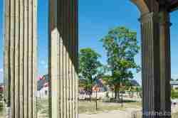 Vorwerk und Hotel Schloss Heinrichsdorf (Siemczyno)