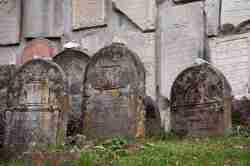 Jüdische Grabsteine in Kazimierz Dolny