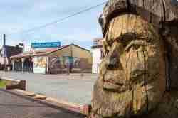 Holzskulptur in Leba an der polnischen Ostsee