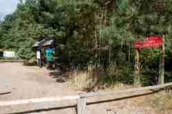 Eingang zum Nationalpark bei Lebbin (Lubin)