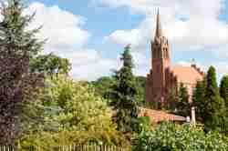 Neogotische Kirche in Lebbin (Lubin)