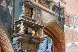Zierrat an der Orgelempore der Jakobuskirche in Neisse (Nysa)