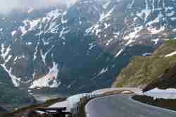 Großglockner Hochalpenstraße oberhalb des Stausees Margaritze Alpen