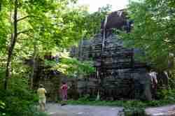 Großer Schutzbunker im Mauerwald in Masuren