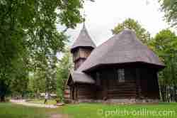 Hölzerne Kirche im Freilichtmuseum in Hohenstein