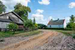 Häuser in Klein Piwnitz in Masuren