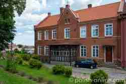 Pfarrhaus der Kirche St. Peter und Paul in Angerburg (Węgorzewo) in Masuren