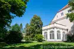 Orangerie am Schloss in Gallingen (Galiny) an der Seite zum Garten hin