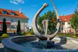 Skulptur eines Lindwurms in Wormditt (Orneta) im Ermland