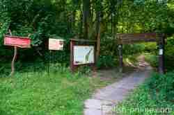 Eingang zum Naturschutzgebiet im Walschtal in Mehlsack (Pieniężno)
