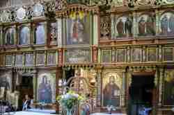Ikonostase in der römisch-katholischer Kirche in Szczawnik