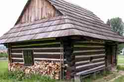 Lemkenhaus aus Holz im Freilichtmuseum Neu Sandez