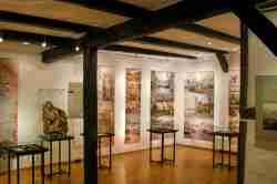 Ausstellungsraum im Papiermuseum in Bad Reinerz (Duszniki Zdrój)