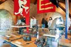 Ausstellungsraum im Burgmuseum in Vilnius
