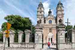 Westfassade der Pfarrkirche in Włodawa
