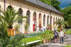 Fassade der Orangerie im Schlosspark von Wilanów