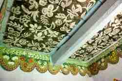 Eine mit Blumenornamenten verzierte Holzdecke in Zalipie