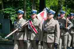 Militärbegräbnis auf dem Powązki-Friedhof in Warschau