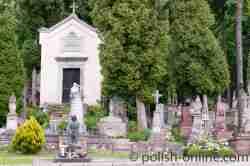 Polnische Gräber auf dem Łyczakowski-Friedhof in Lemberg