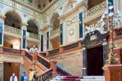 Treppe im Vestibül der Lemberger Oper