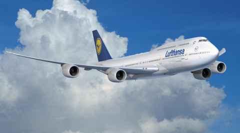 Mit dem Flugzeug nach Polen reisen Boeing 747 der Lufthansa