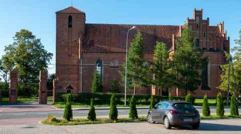 Die Kirche des heiligen Laurentius in Migehnen (Migajny) im Ermland